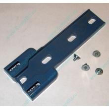 """Синий пластмассовый фиксатор-защёлка HP 224981-001 для 5.25"""" устройств в HP ML370 (Ессентуки)"""